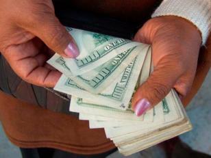 El dólar blue sube 9 centavos y se vende a $8,14