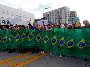 La FIFA dice que el Mundial no corre peligro a pesar de las protestas en Brasil