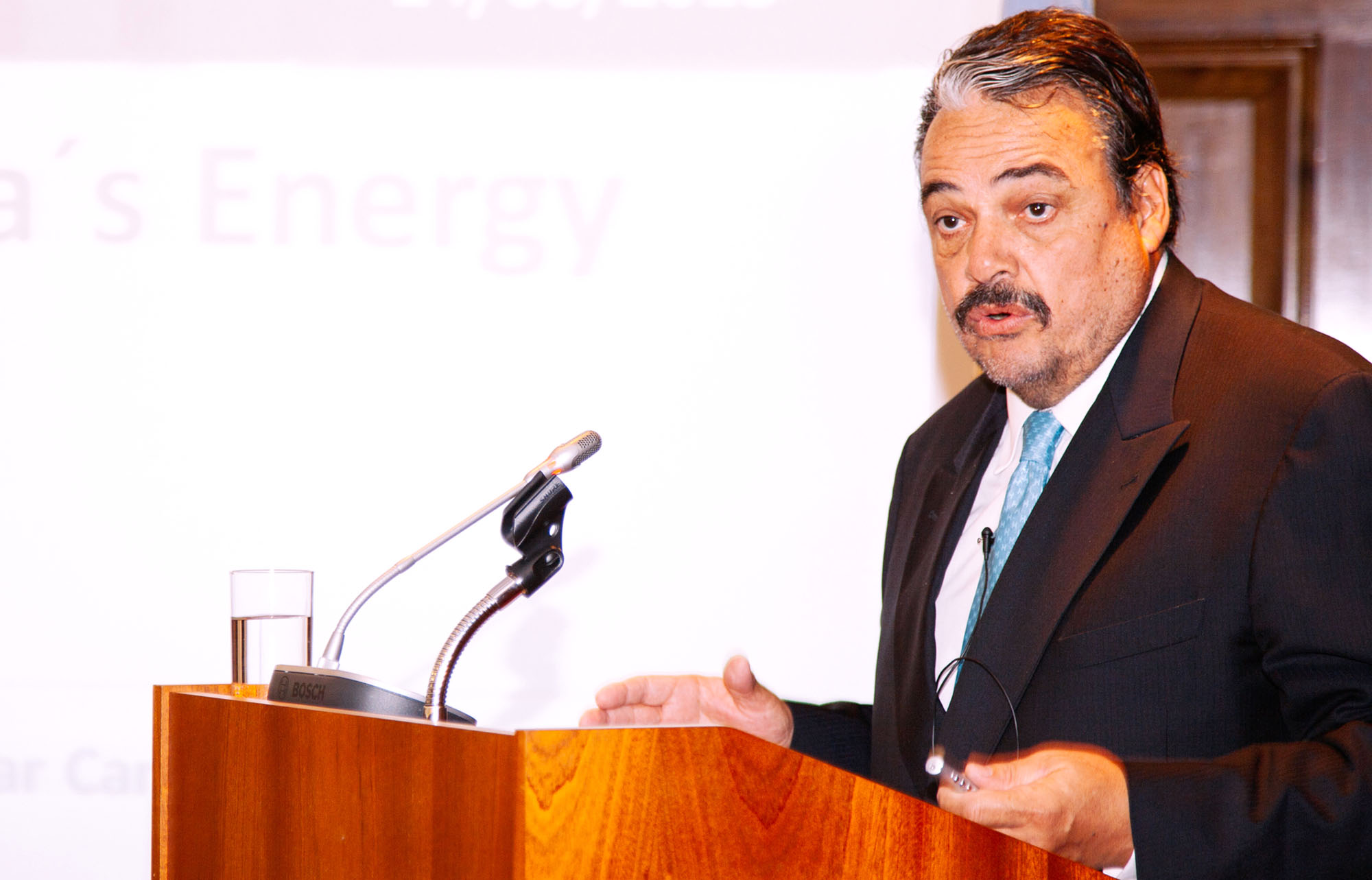"""""""Argentina tiene sustentabilidad energética en mediano y largo plazo"""""""