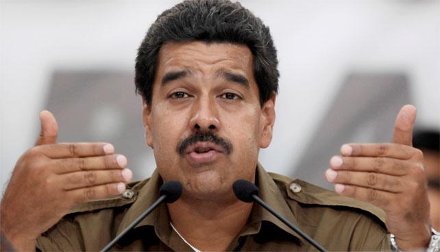 """Maduro dice que apoyará el matrimonio gay cuando """"inventen una vacuna contra la mariconería"""""""