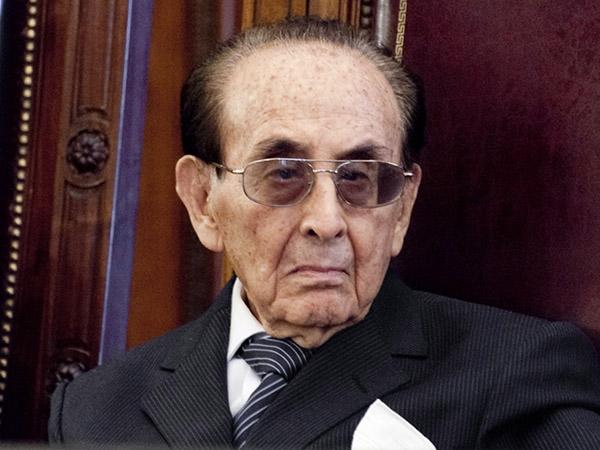 """El kirchnerismo perdió la votación y Fayt es """"personalidad"""" porteña"""