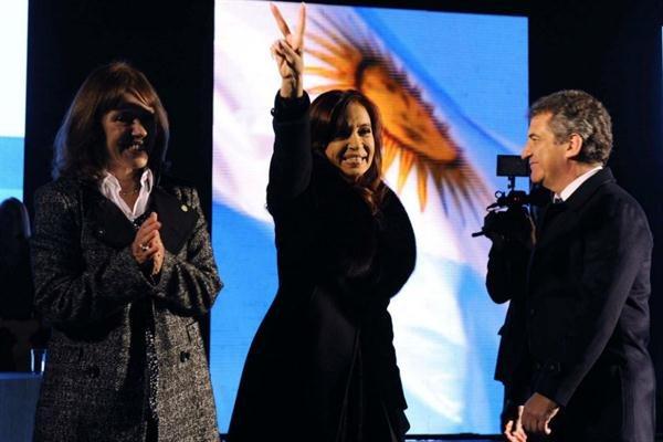 Cristina Kirchner, criticada en Uruguay por sus dichos sobre Artigas