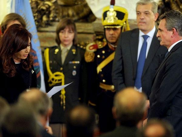Cristina Kirchner remplazó toda la cúpula de las Fuerzas Armadas
