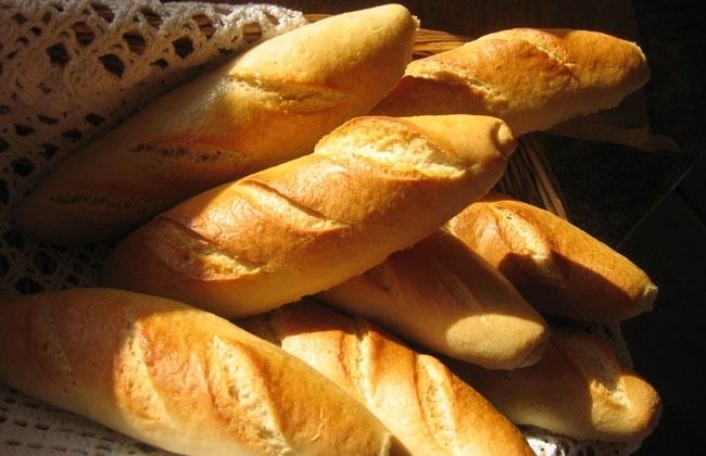 Panaderos aseguran que desde el lunes habrá pan a 10 pesos el kilo