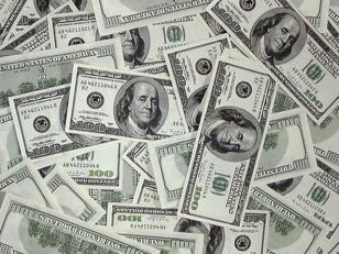Baja el dólar blue: 8,60 pesos