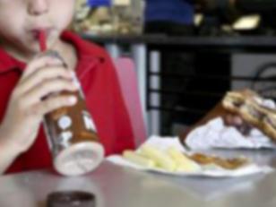 Un niño encuentra marihuana en la cajita feliz de un sitio de comidas rapidas