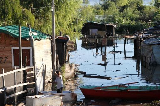 Defensa Civil: Hay más de 160 familias evacuadas en Corrientes y afirman que la situación está controlada