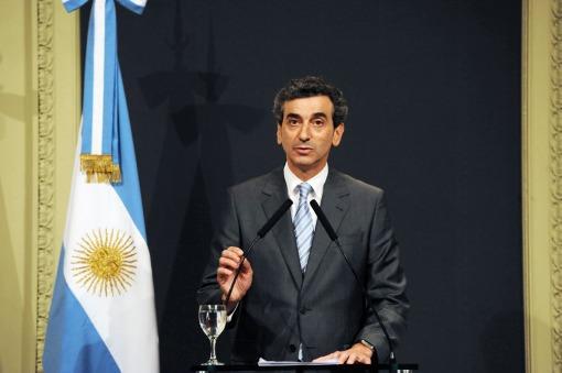 Randazzo denunció a La Fraternidad por parar los servicios públicos