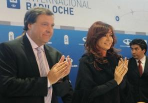La Presidenta encabeza un acto en Bariloche y luego viaja a la Cumbre de la Unasur en Bolivia