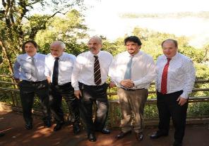 """Meyer invitó a vivir el espectáculo """"excepcional"""" de las Cataratas del Iguazú"""