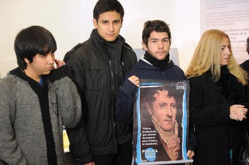 Docentes y alumnos expresaron su rechazo al cambio de currícula impulsado por el gobierno porteño