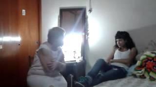 Video : Le dice a su abuela que esta embarazada y mira la reaccion que tiene