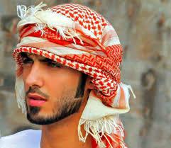 """El árabe deportado por ser """"demasiado lindo"""" contó su verdad"""