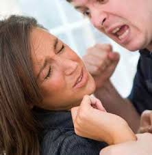 Movimiento Cristiano Enseña Cómo golpear a la Mujer