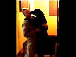 Video: Soldado regresó a su hogar tras 6 meses de servir a la armada, y su perro se emocionó hasta el llanto