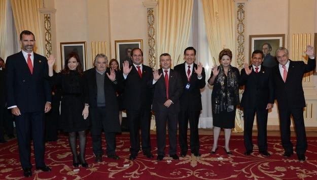 Cristina asistió a la jura de su colega del Paraguay