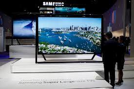 Ya venden en el país televisores que valen como un auto de lujo