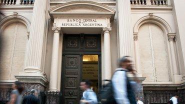 La mitad del dinero del vencimiento del Bonar quedaría en Argentina