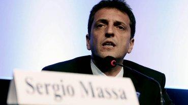 """Massa, para Moreno: """"Con el voto tenemos que correr a los mediocres del camino"""""""