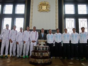 Mónaco y Stepanek abren la serie de semifinales de la Copa Davis