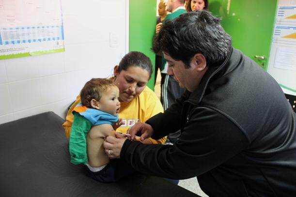Garantizará Salud la provisión de vacunas contra la tos convulsa