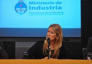 Débora Giorgi se reunió con empresarios ecuatorianos