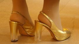¿Por qué duelen los zapatos de tacos?
