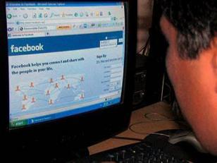 Se suicida porque sus padres no le dejaron usar Facebook