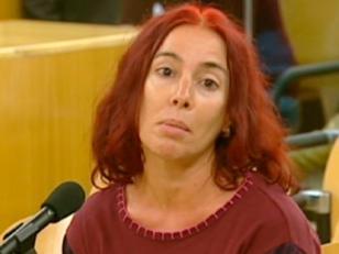 España libera a mujer condenada por 24 crímenes