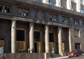 El Poder Ejecutivo prorrogó por tres meses el blanqueo de capitales