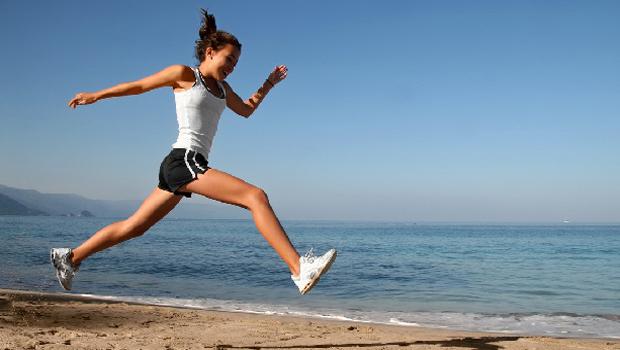 Recomiendan adoptar hábitos saludables para disminuir el riesgo de ACV