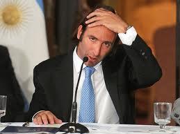 Eligien a Lorenzino como el peor ministro de Economía de toda la región