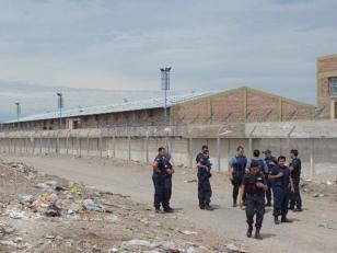 Fuga 12 de presos de la cárcel de General Roca, Río Negro