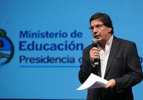Sileoni firmó con el obispo Melgarejo y el Padre Pepe un acuerdo de inclusión educativa