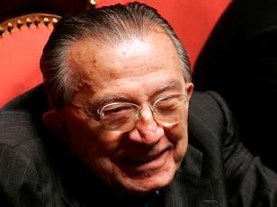 Murió Giulio Andreotti, 7 veces primer ministro de Italia