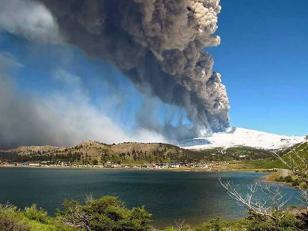La erupción del volcán Copahue puede darse en cualquier momento