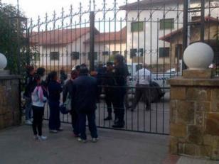 Murió nene de 9 años al ser aplastado por una pared que se derrumbó en la escuela