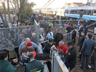 La identidad de los tres fallecidos en choque de trenes en Castelar