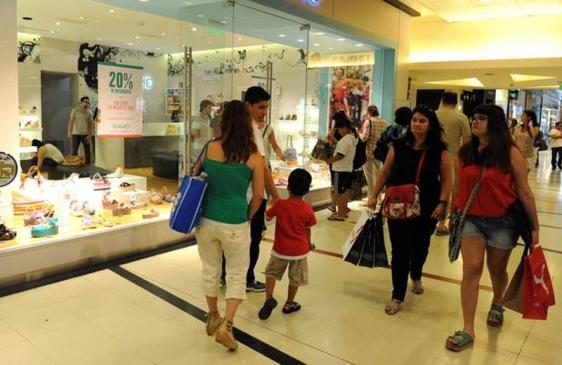 Crecen ventas en los shopping en Marzo de 2013