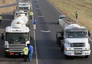 Restringen circulación de camiones por el fin de semana largo