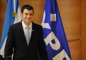 Galuccio dijo que YPF está cerca un acuerdo con Chevron