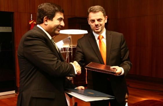 Argentina y Macedonia firmaron acuerdo de información tributaria