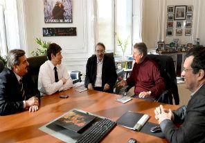 Abal Medina, Scoccimarro y Bauer recibieron al periodista español Ramonet