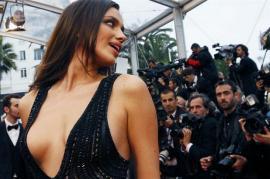 El infartante escote de la novia de Cristiano Ronaldo