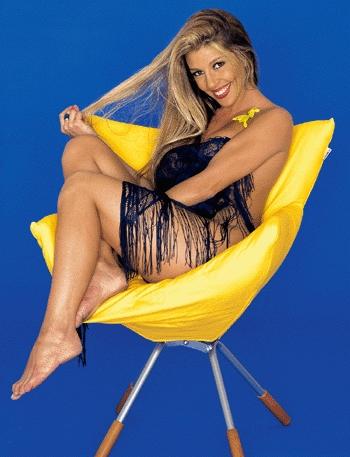 Mónica Ayos en Playboy