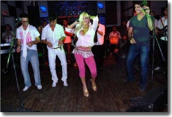 FOTOS DE ALEJANDRA PRADON - Sitios Argentina - Holiday and Vacation