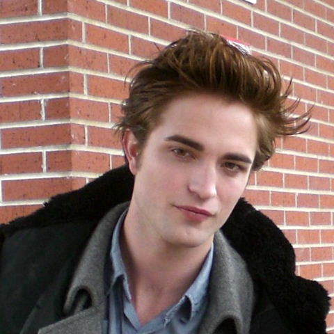 Robert Pattinson on Fotos De Robert Pattinson