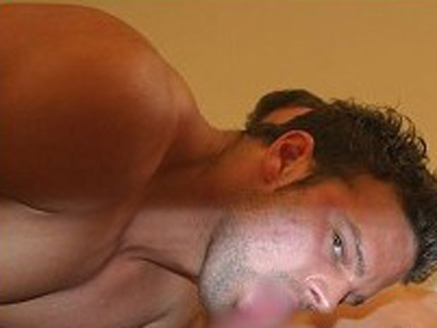Muscle Hunk Rimjob Oral Action - Videos Porno Gratis -