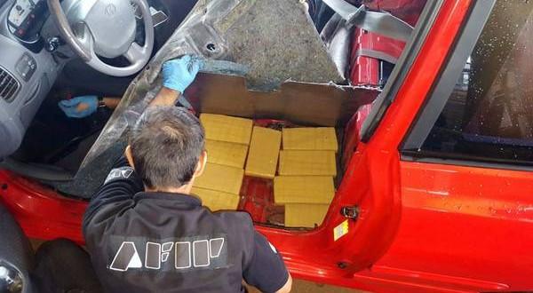 Descubren 130 kilos de marihuana en un auto en la frontera con Paraguay