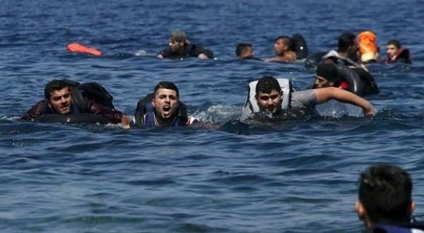 Otros 14 refugiados muertos al hundirse una barca